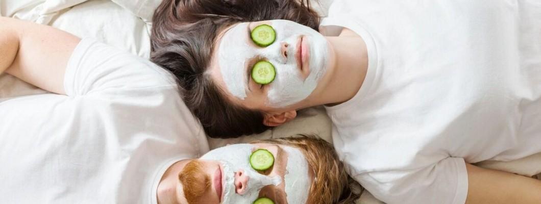 Μάσκες και Scrubs-  Γιατί να τα βάλεις στη Ρουτίνα σου.