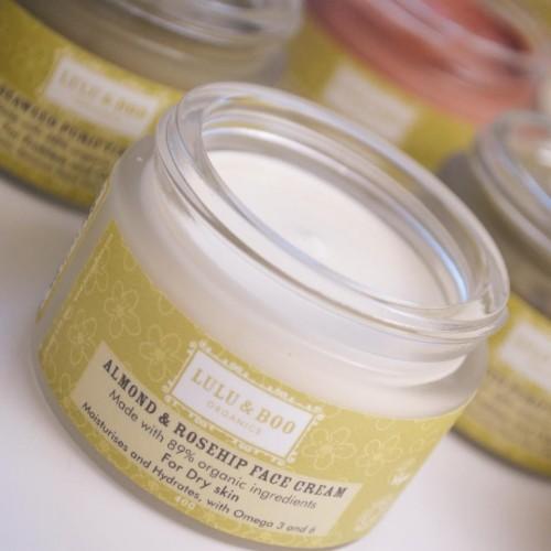 Almond & Rosehip Face Cream 40gr / Ενυδατική Κρέμα Προσώπου για Ξηρό Δέρμα με Αμυγδαλέλαιο 40gr
